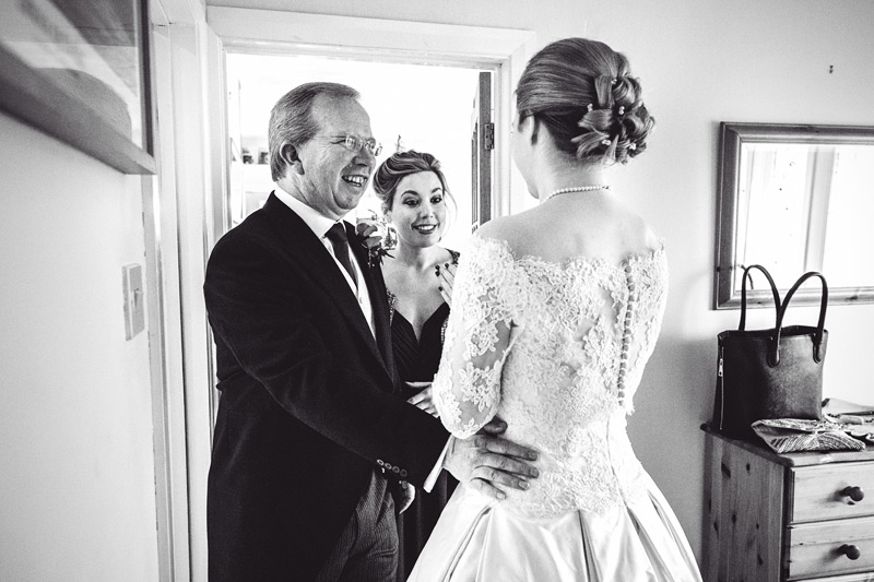 dorset-wedding-photography-mister-phill-lizzie-and-tom-025